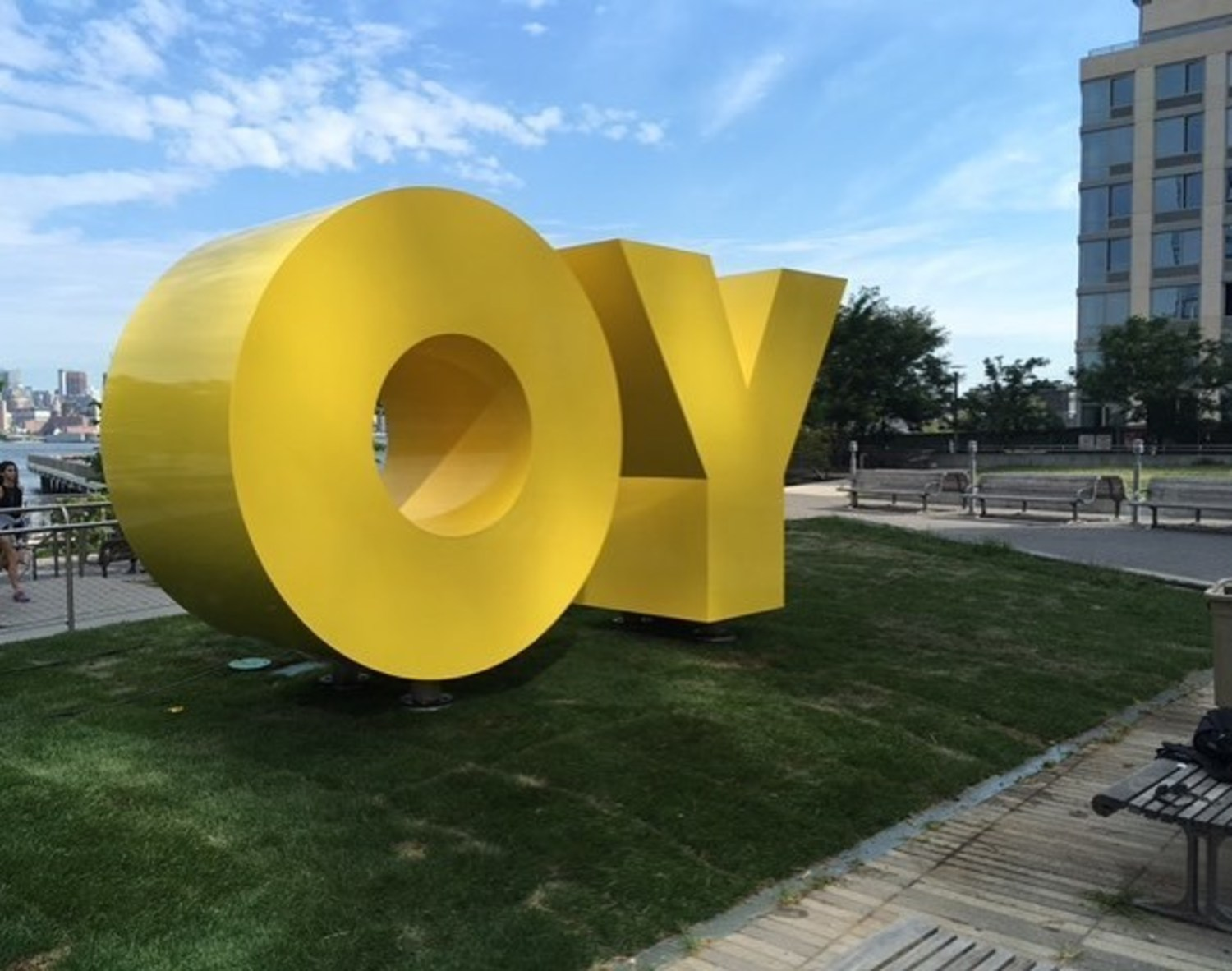 Hello gorgeous! #OYYO #nycparks #publicart #sculpture #publicsculpture #brooklynmuseum #nycferry #nycculture #paulkasmingallery #brandnewgallerymilan #williamsburg #brandnewgallery #jewishmuseum #publicartfund  #lococofinearts #arthurrogergallery #ms.thao #caa #artintheparks