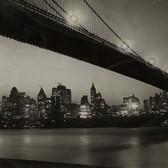 Old New York In Photos – Brooklyn Bridge & The Manhattan Skyline At Night 1928