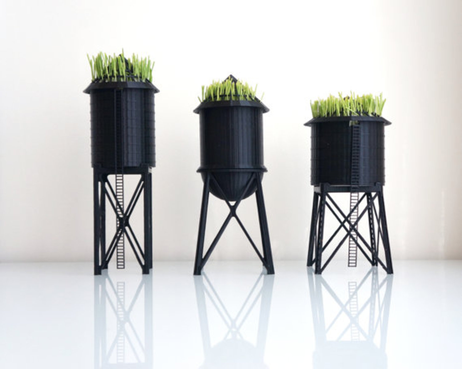 New York City Water Tower Pot / Wheatgrass Planter