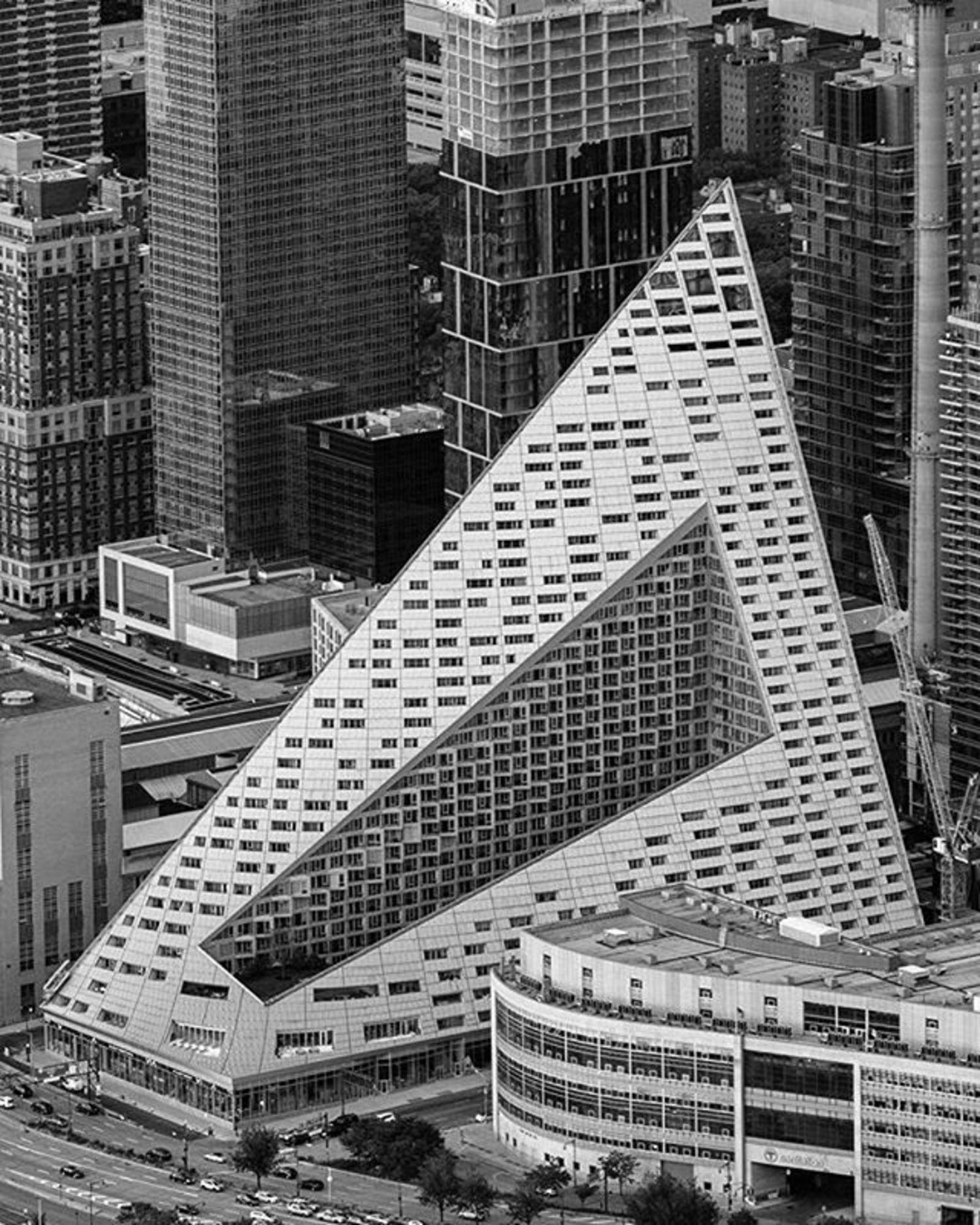 Via 57 West, New York, New York. Photo via @mattpugs #viewingnyc #newyork #newyorkcity #nyc