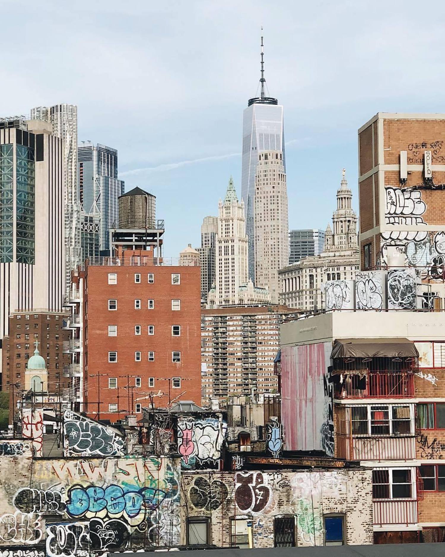 New York, New York. Photo via @iwyndt #newyork #newyorkcity #nyc #viewingnyc