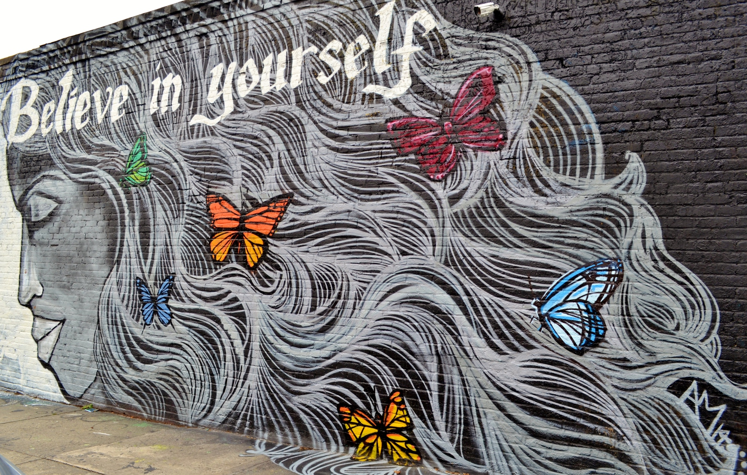 Welling Court: Alice Mizrachi, 9.21.14 | A visit to the Welling Court Mural Project in Queens on 9.21.14. With 5 Pointz gone, Welling Court has become the new graffiti center in the borough. I'll try to include the individual artists, great talent/ work from everyone.