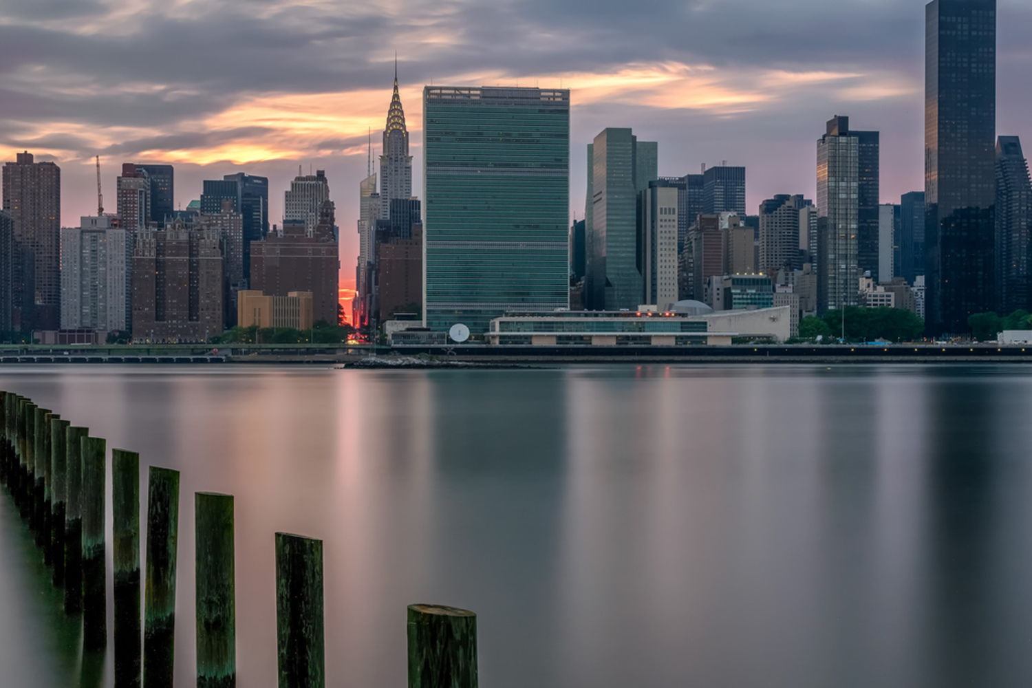 Cloudy Manhattanhenge Sunset | View From Long Island City