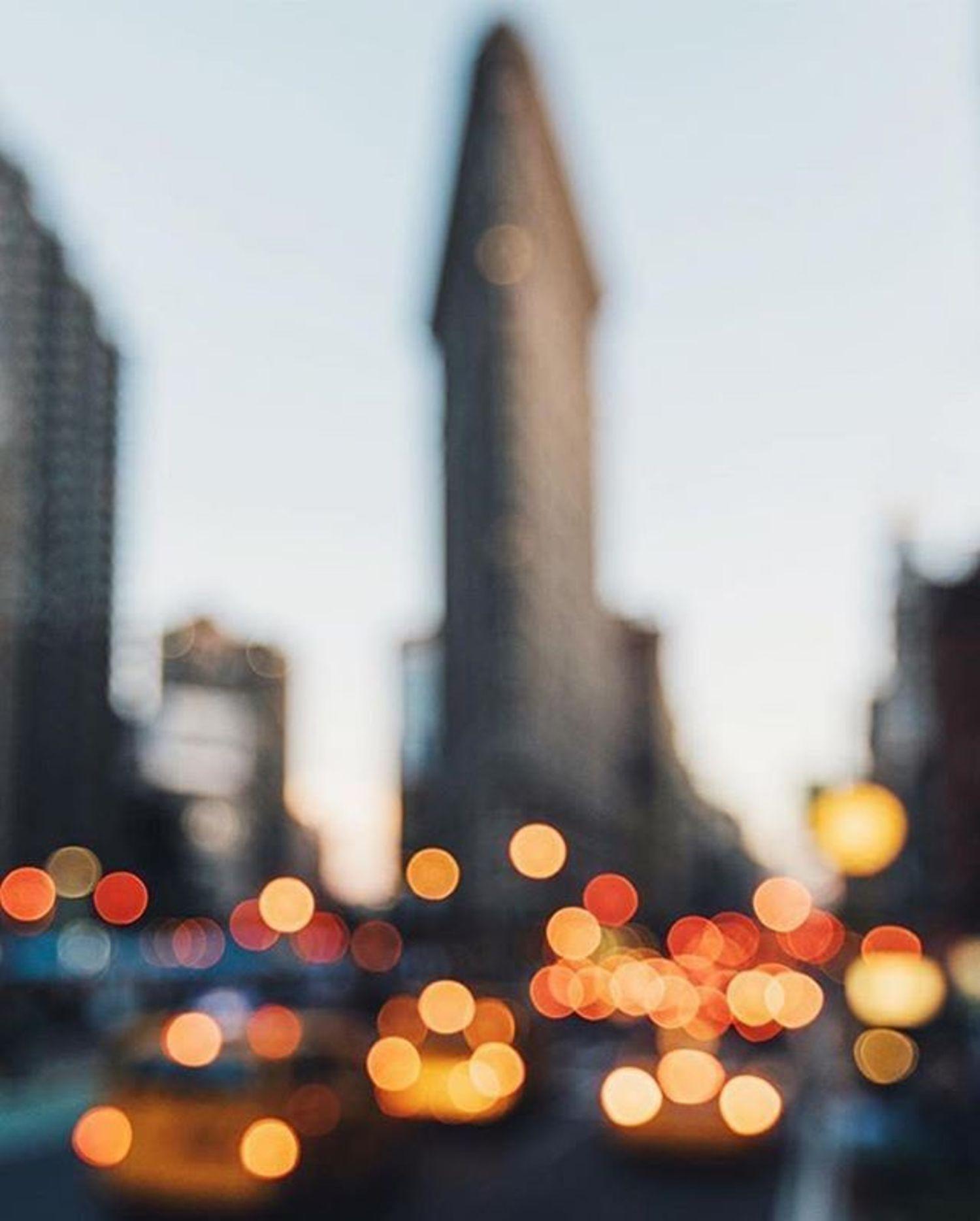 Flatiron Building, New York, New York. Photo via @sorgentegroupofamerica #viewingnyc #newyork #newyorkcity #nyc