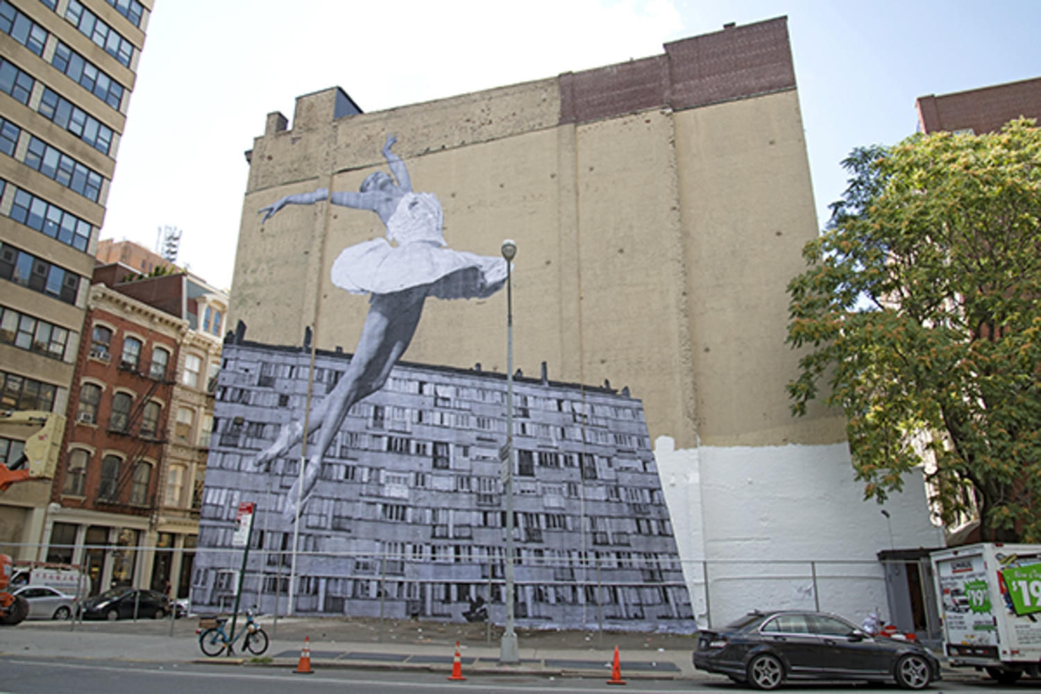 Street Artist JR Installs 75-Foot Ballerina Photo in Tribeca