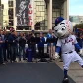 """Metropolitan Opera performs """"Meet the Mets"""""""