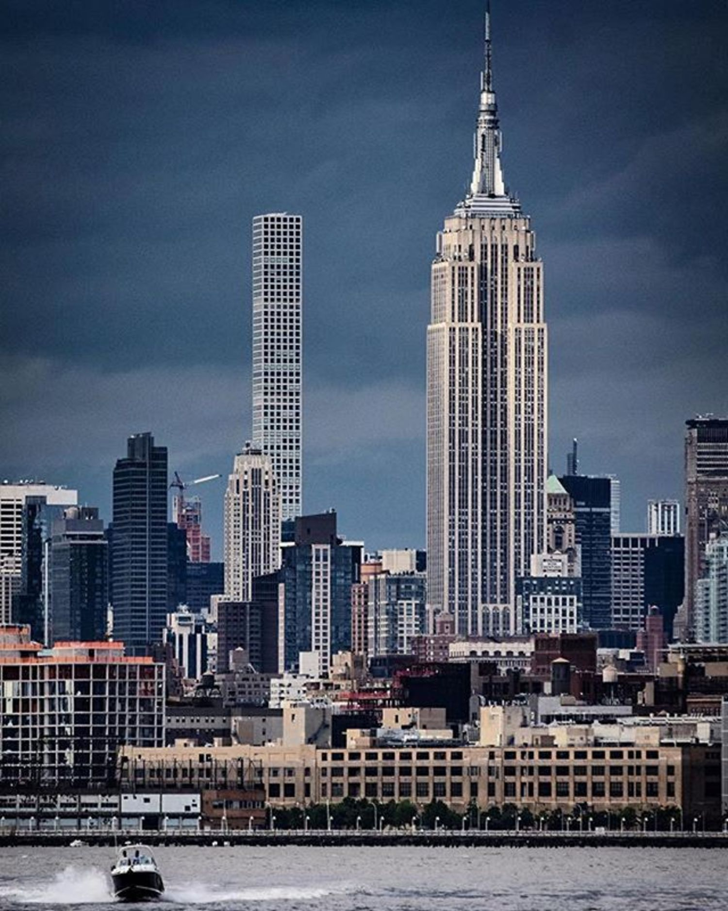 Empire State Building, New York. Photo via @nycfotophun #viewingnyc