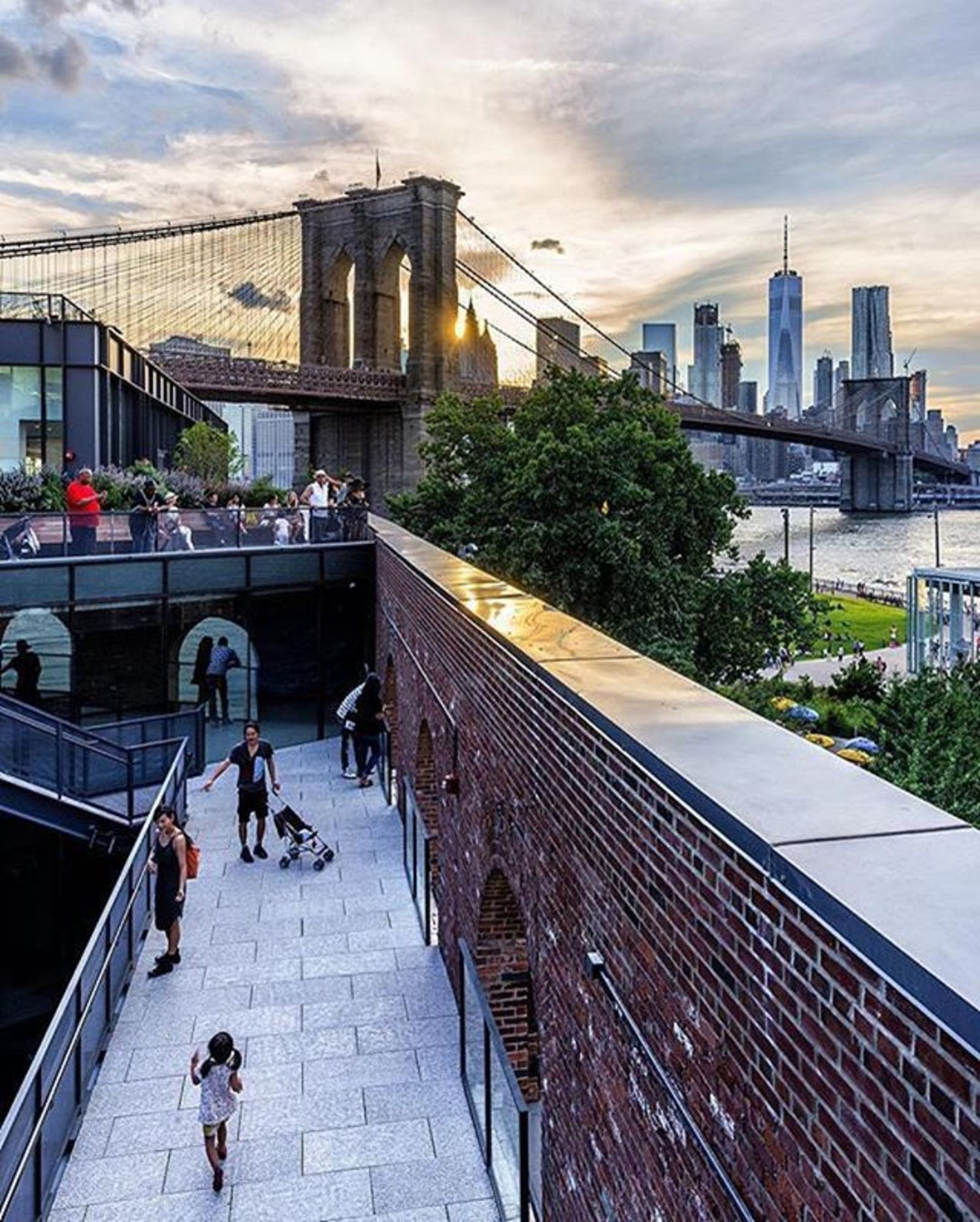 Brooklyn Bridge, New York City. Photo via @papakila #viewingnyc #newyorkcity #newyork