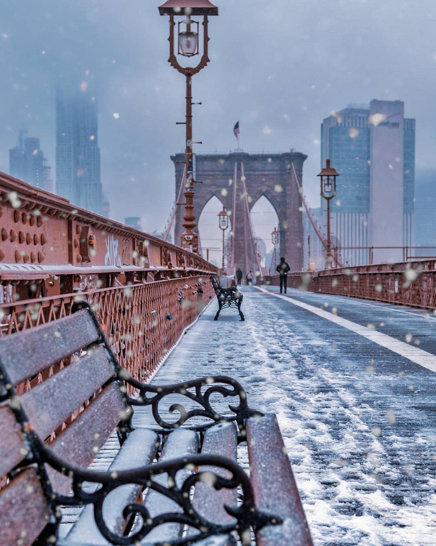 Snow on the Brooklyn Bridge