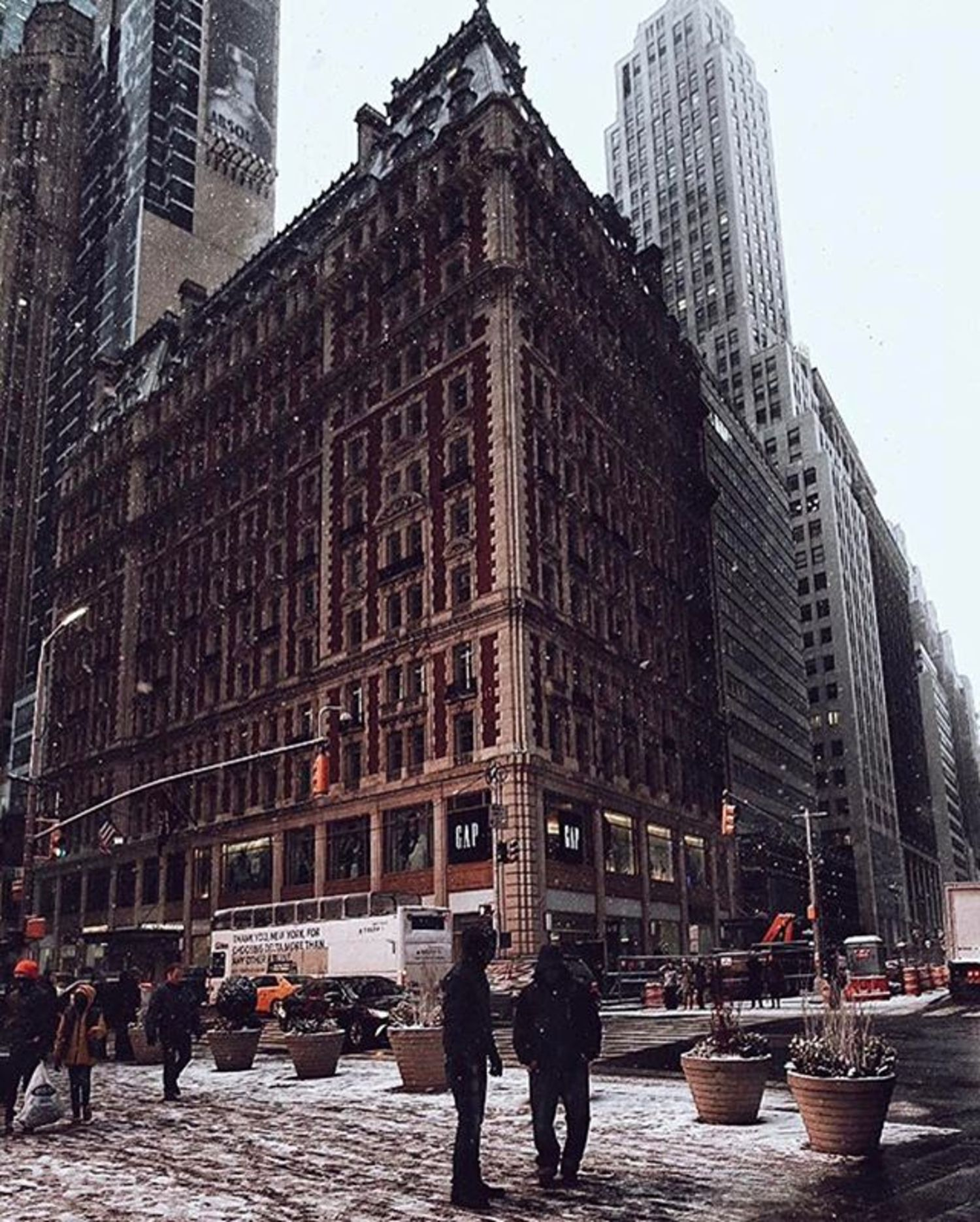 Photo via @fliickman  Knickerbocker Hotel, Midtown  #viewingnyc