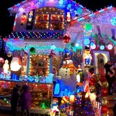 "⁴ᴷ⁶⁰ ""Santa's Corner"" Christmas House in Whitestone, Queens, NYC : Larger than Life Decorations"