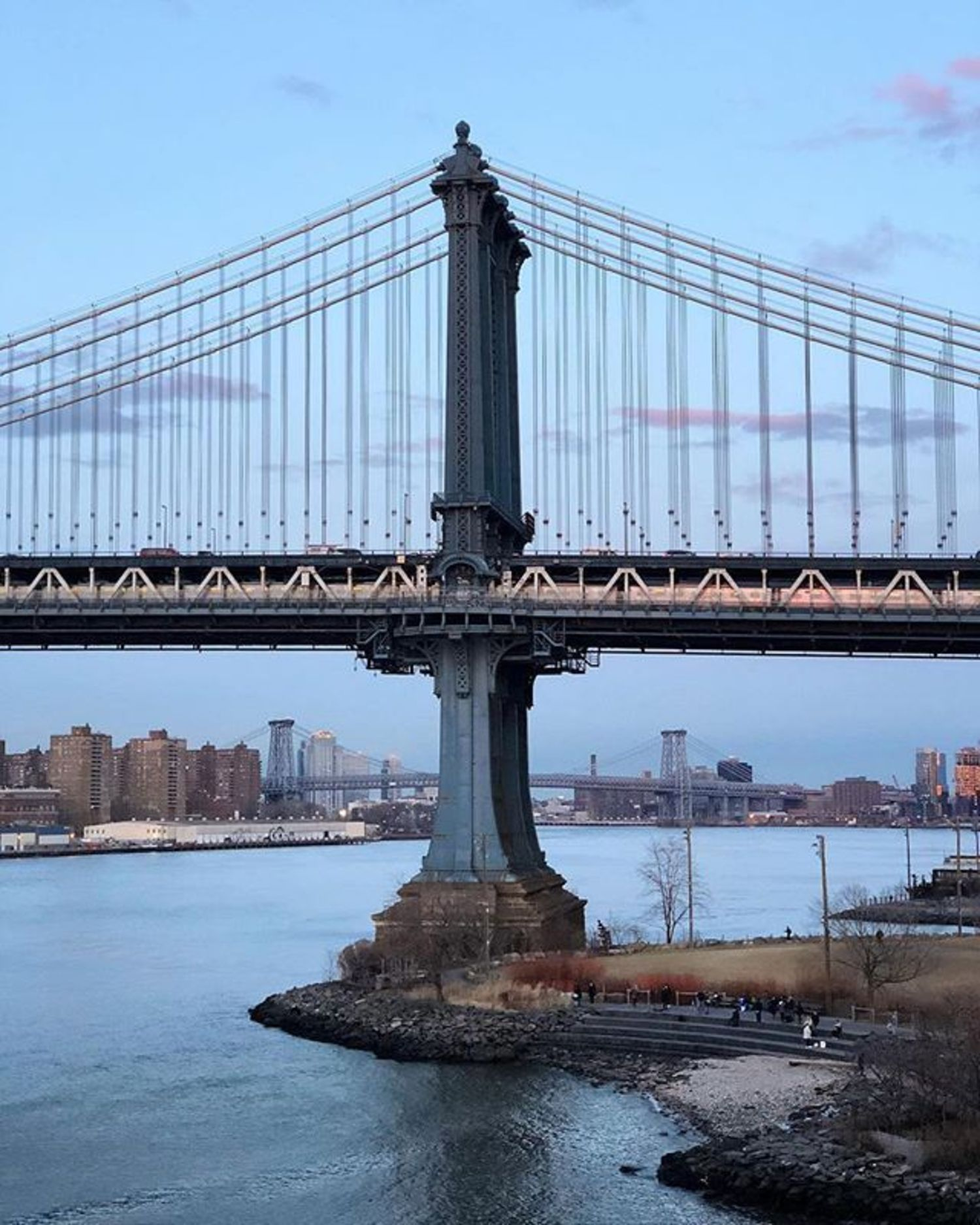 Manhattan Bridge, Brooklyn. Photo via @melliekr #newyork #newyorkcity #nyc #manhattanbridge