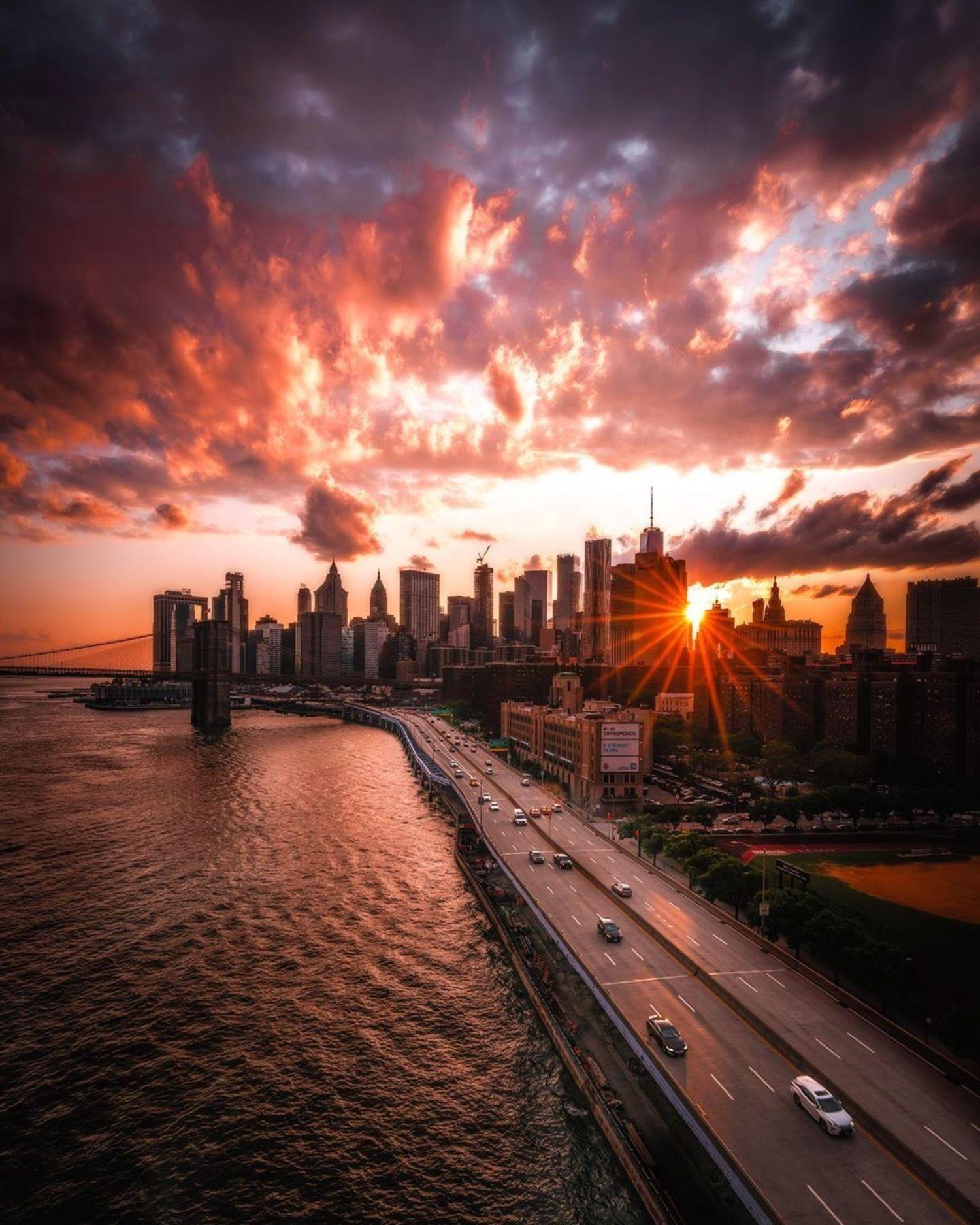 Sunset over Lower Manhattan skyline