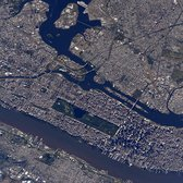 Good morning #Manhattan! #bigapple #YearInSpace http://t.co/26uF706GYg