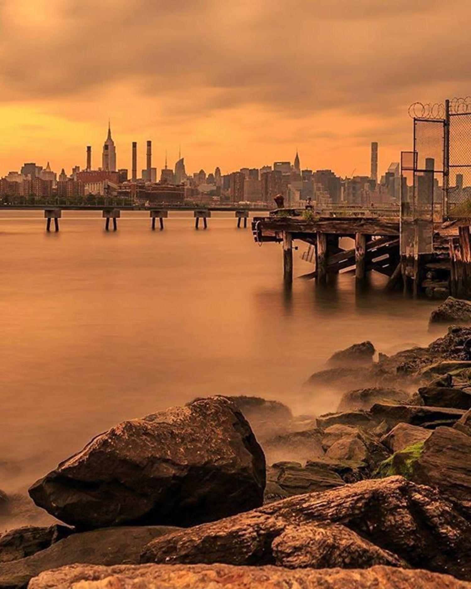 New York, New York. Photo via @killahwave #viewingnyc #newyorkcity #newyork