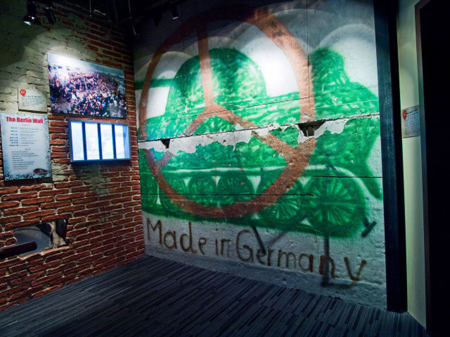 Ripley's Believe it or Not Berlin Wall