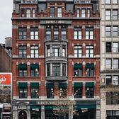 Union Square, Manhattan. Photo via @melliekr #viewingnyc #nyc #newyork #newyorkcity