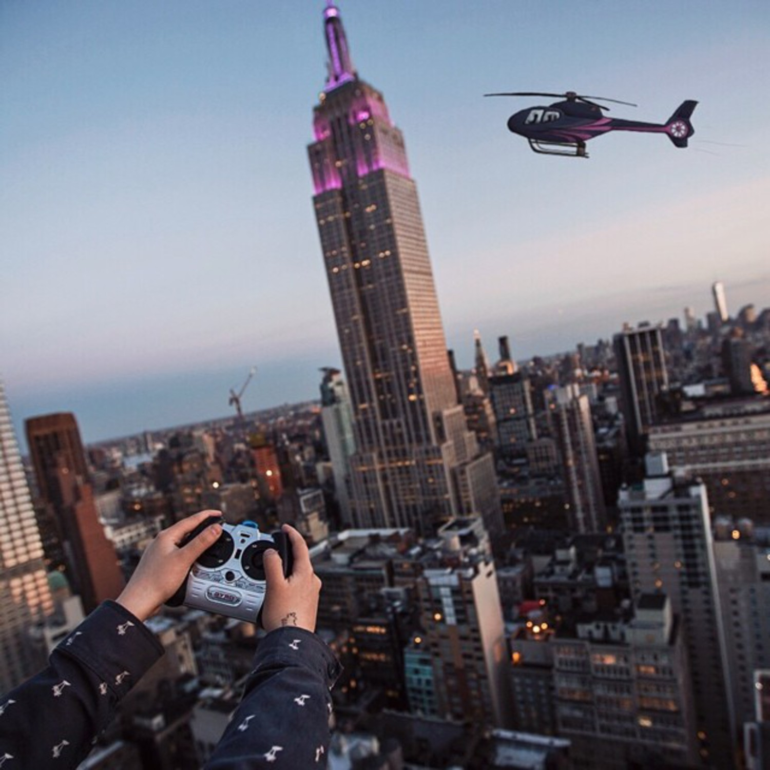 Flyin' around ESB🚁  Photo by @jerm_cohen