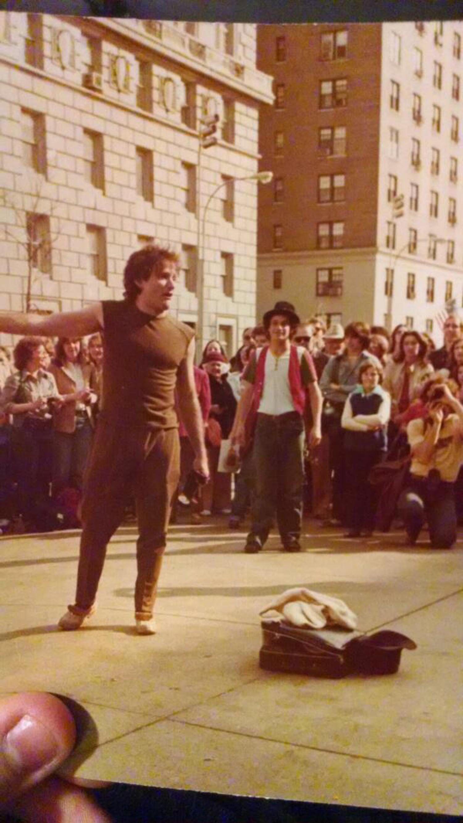 Robin Williams Street Performance in New York City, 1979