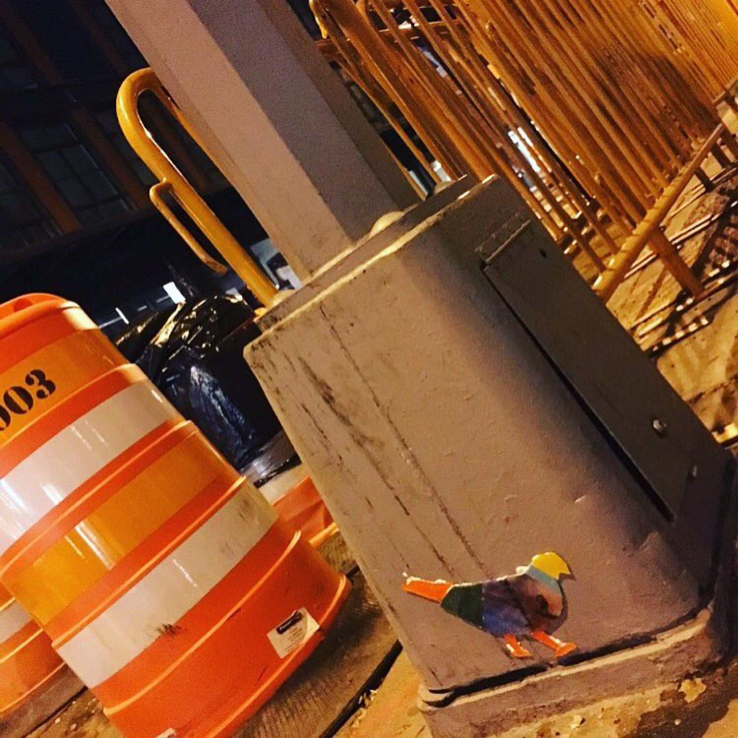 Pigeon 46 - Greenwich St @ Gansevoort St. #pigeon #meatpackingdistrict #nyc #streetlight #orange #original #glass #art #nycstreetart #thestreetsofnyc #wheatpaste #grafitti #urban #tv_streetart_ #design #streetlightpigeon #gbpigeonnyc #gbwashere
