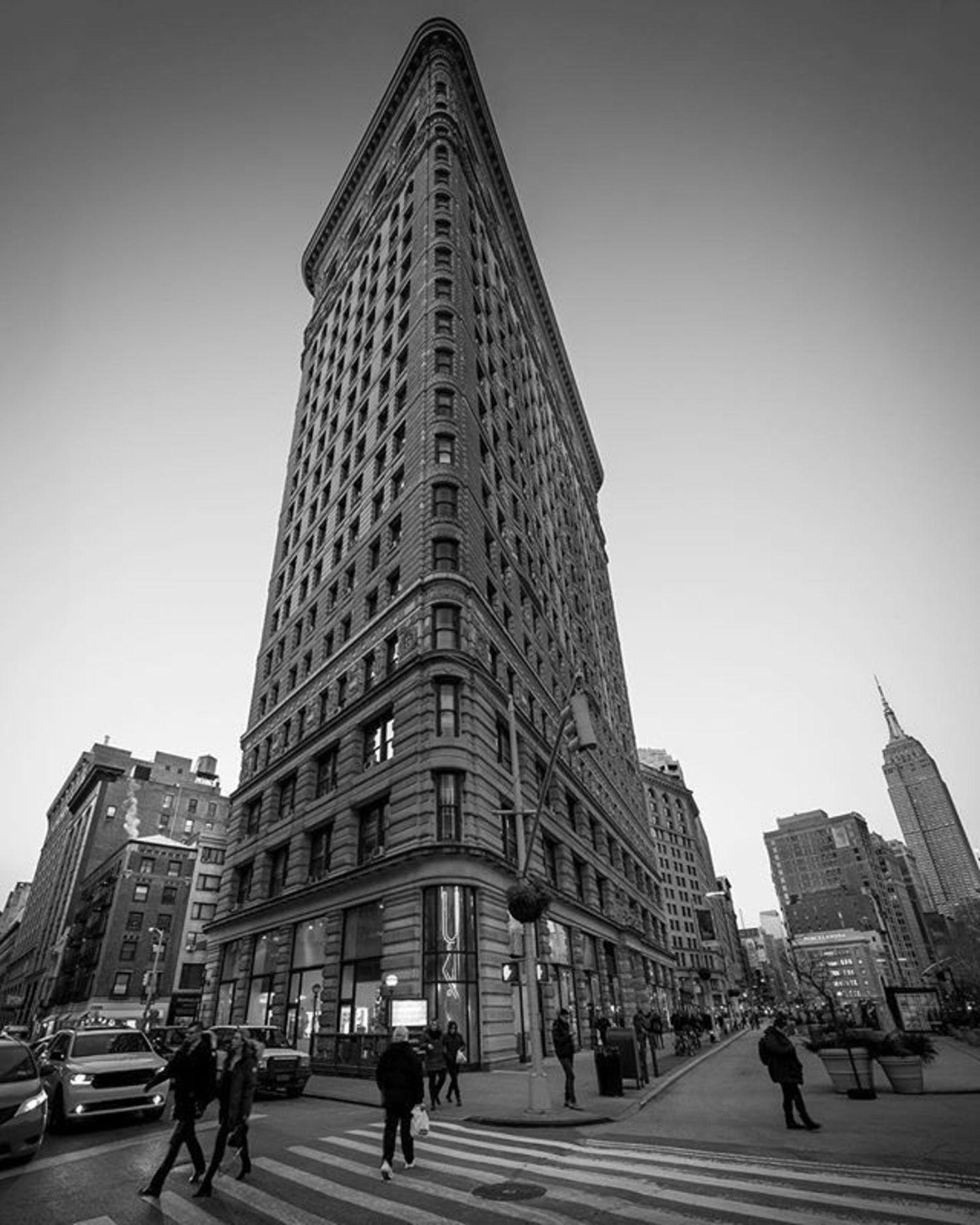 Flatiron Building, New York. Photo via @chief770 #viewingnyc #newyork #newyorkcity #nyc #flatironbuilding #empirestatebuilding