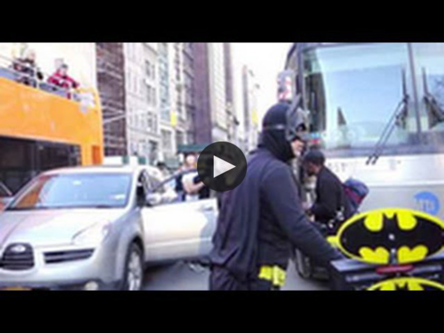 Bootleg Batman To The Rescue: Man In Batman Costume Breaks Up A Bloody Fight In NYC!
