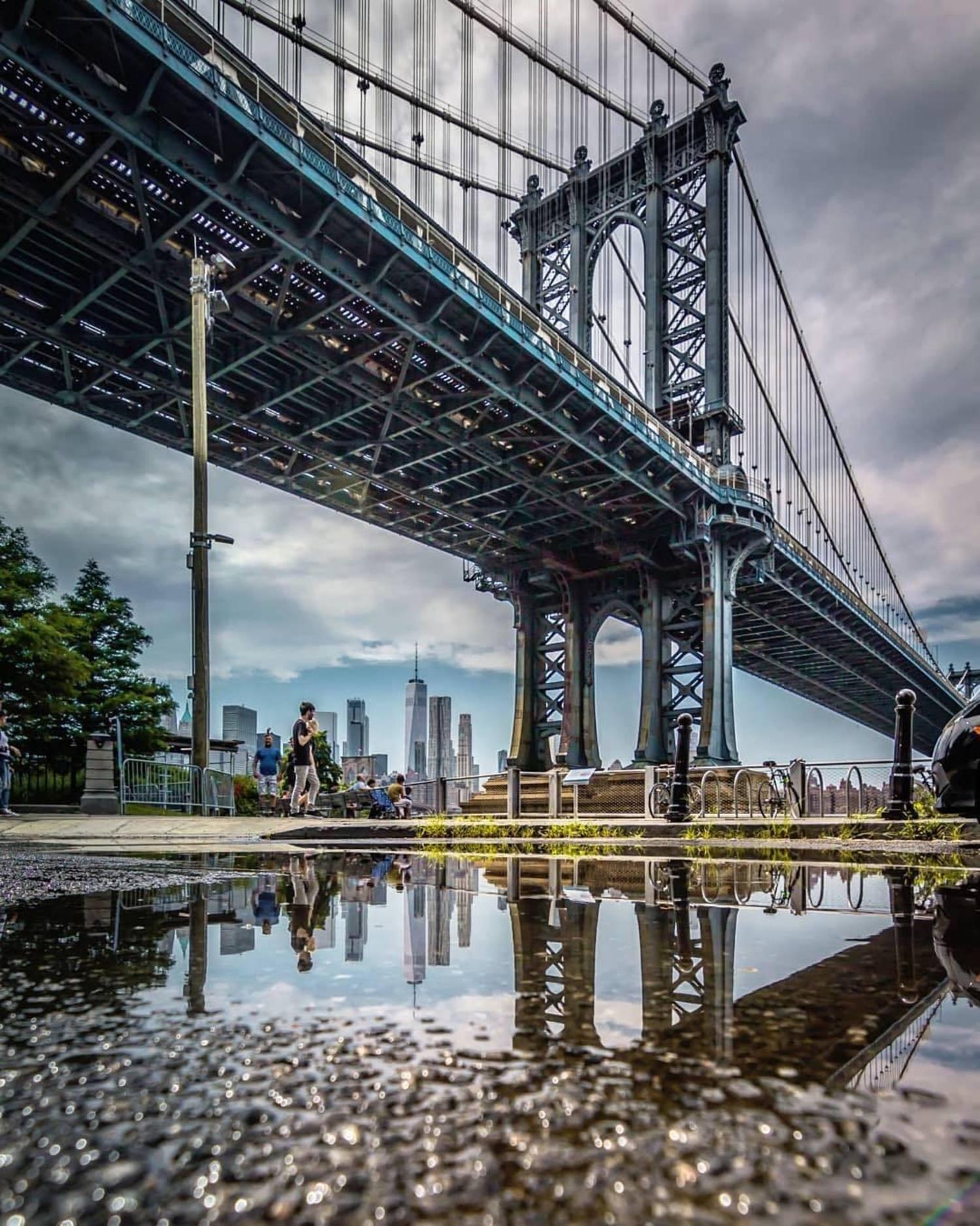 Manhattan Bridge. Photo via @everydayimshuttering #viewingnyc #newyork #newyorkcity #nyc #manhattanbridge
