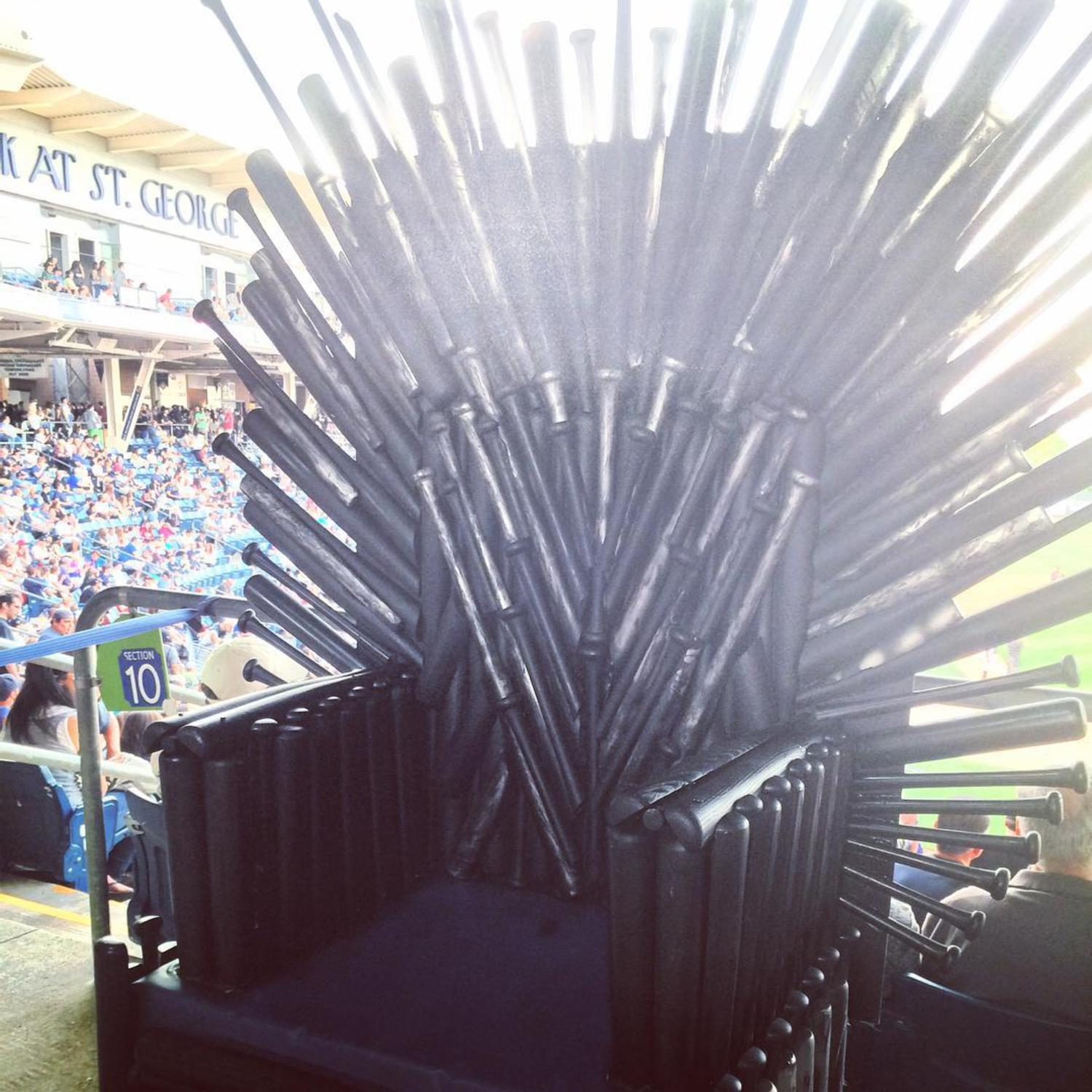 They even had an #IronThrone made of baseball bats last night. The #StatenIslandDirewolves crushed the #HudsonValley #Lannisters on #GeorgeRRMartin night in #KingsLanding aka #StatenIsland. #StatenIslandYankees #MinorLeagueBaseball #baseball #NYC #Direwolves #GRRM #GameOfThrones