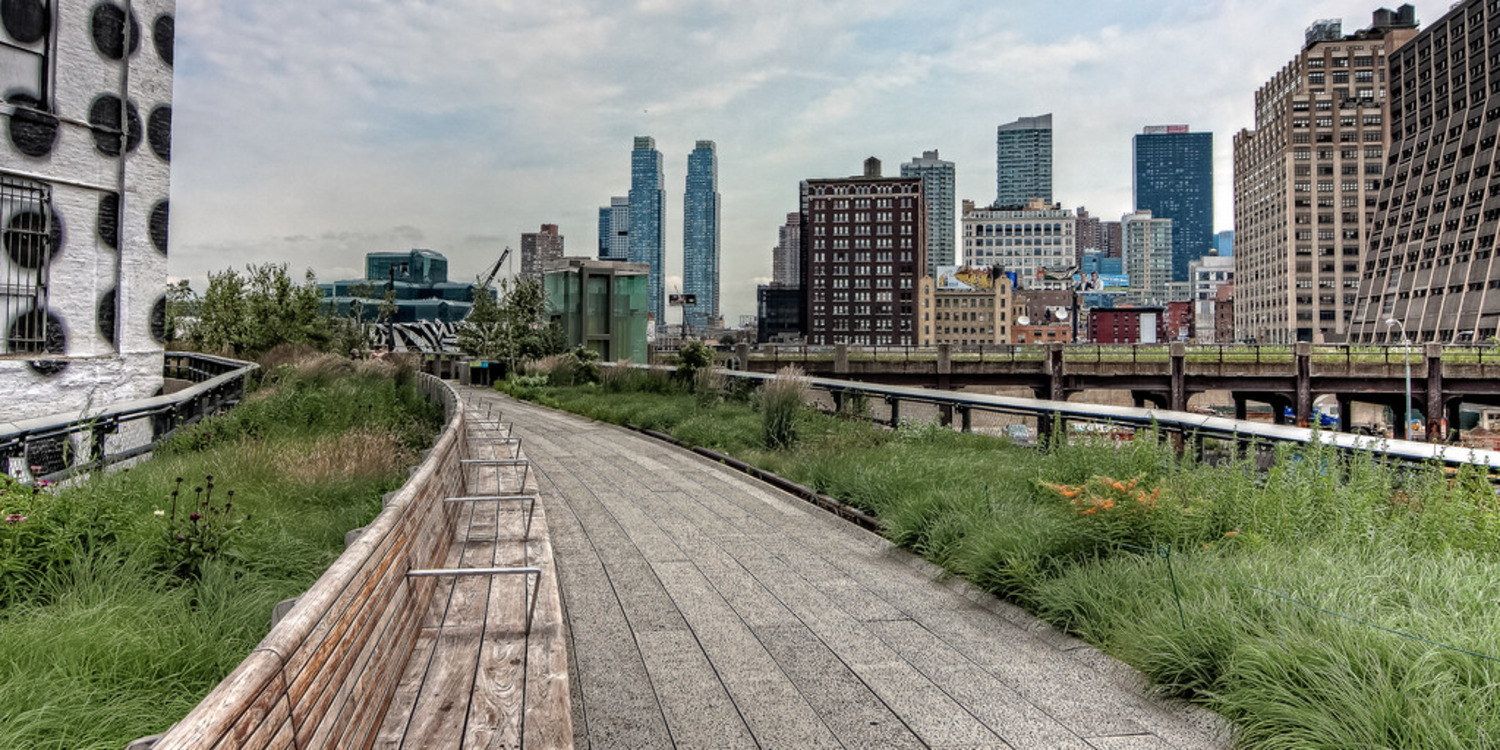 High Line Park | A view north towards the end of the High Line Park in Manhattan.