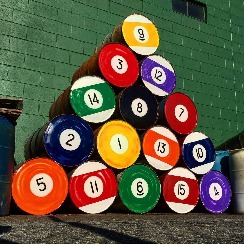 RACK'EM UP!! #poolballs #oilbarrels #pool #balls #billards #streetart #stencils #stencilart #tombobnyc #eightball #🎱 #rackemup #greenfelt #cementbrick #walls #publicart #tombob