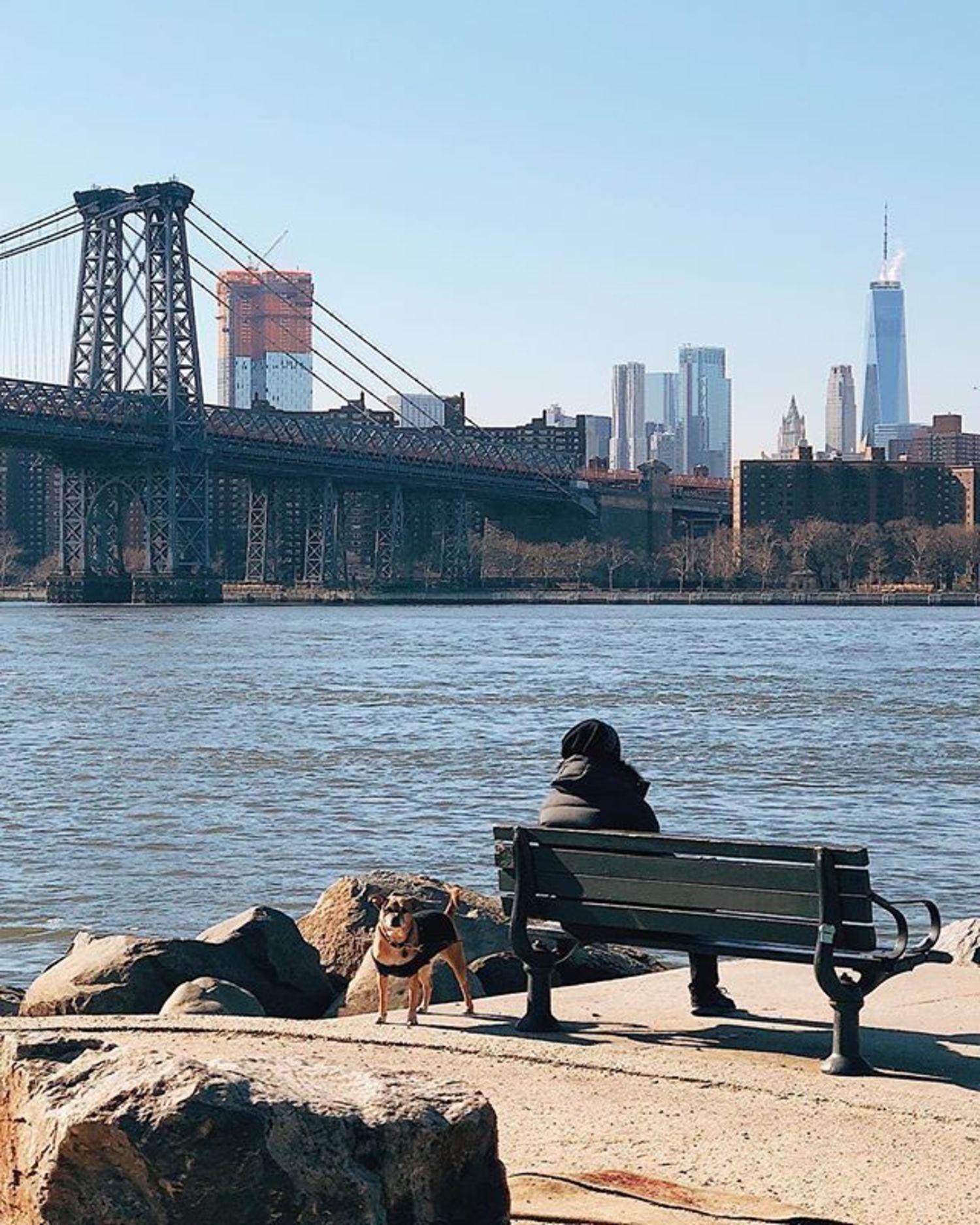 Williamsburg Waterfront, Brooklyn. Photo via @iwyndt #viewingnyc #newyork #newyorkcity #nyc