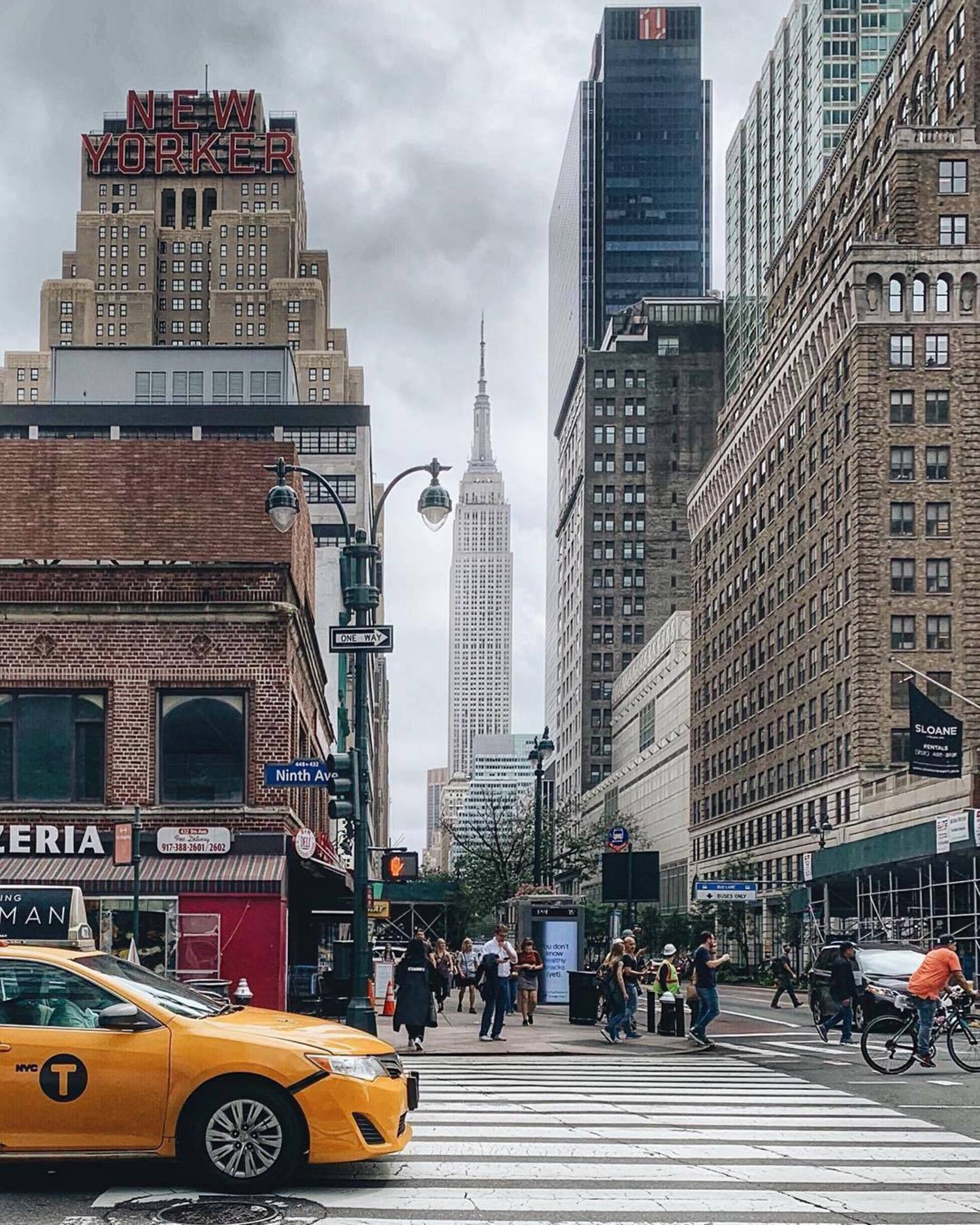 Hell's Kitchen, Manhattan. Photo via @iwyndt #viewingnyc #newyork #newyorkcity #nyc #empirestatebuilding