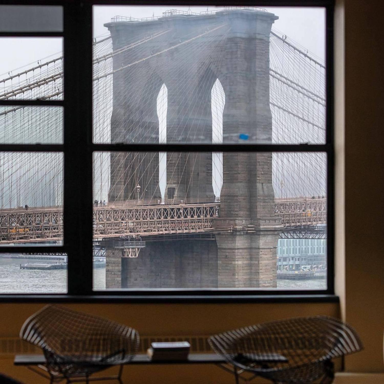 Brooklyn Bridge, New York. Photo via @julienneschaer #viewingnyc #newyorkcity #nyc #newyork #brooklynbridge