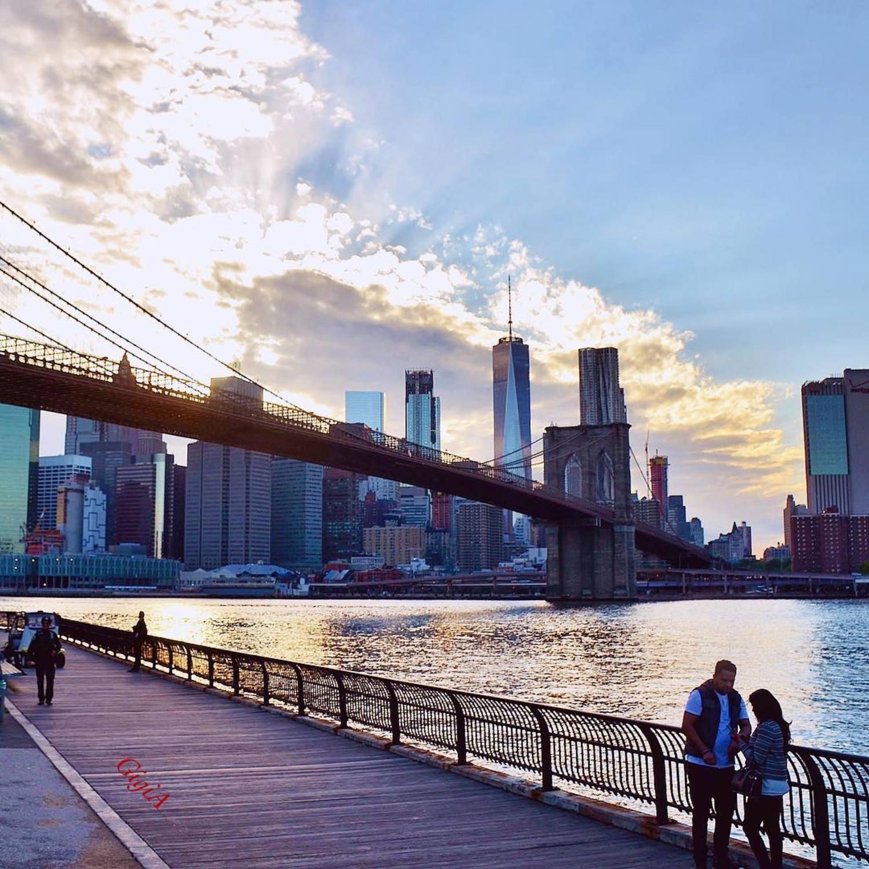 Today's golden hour from Brooklyn Bridge Park, New York City