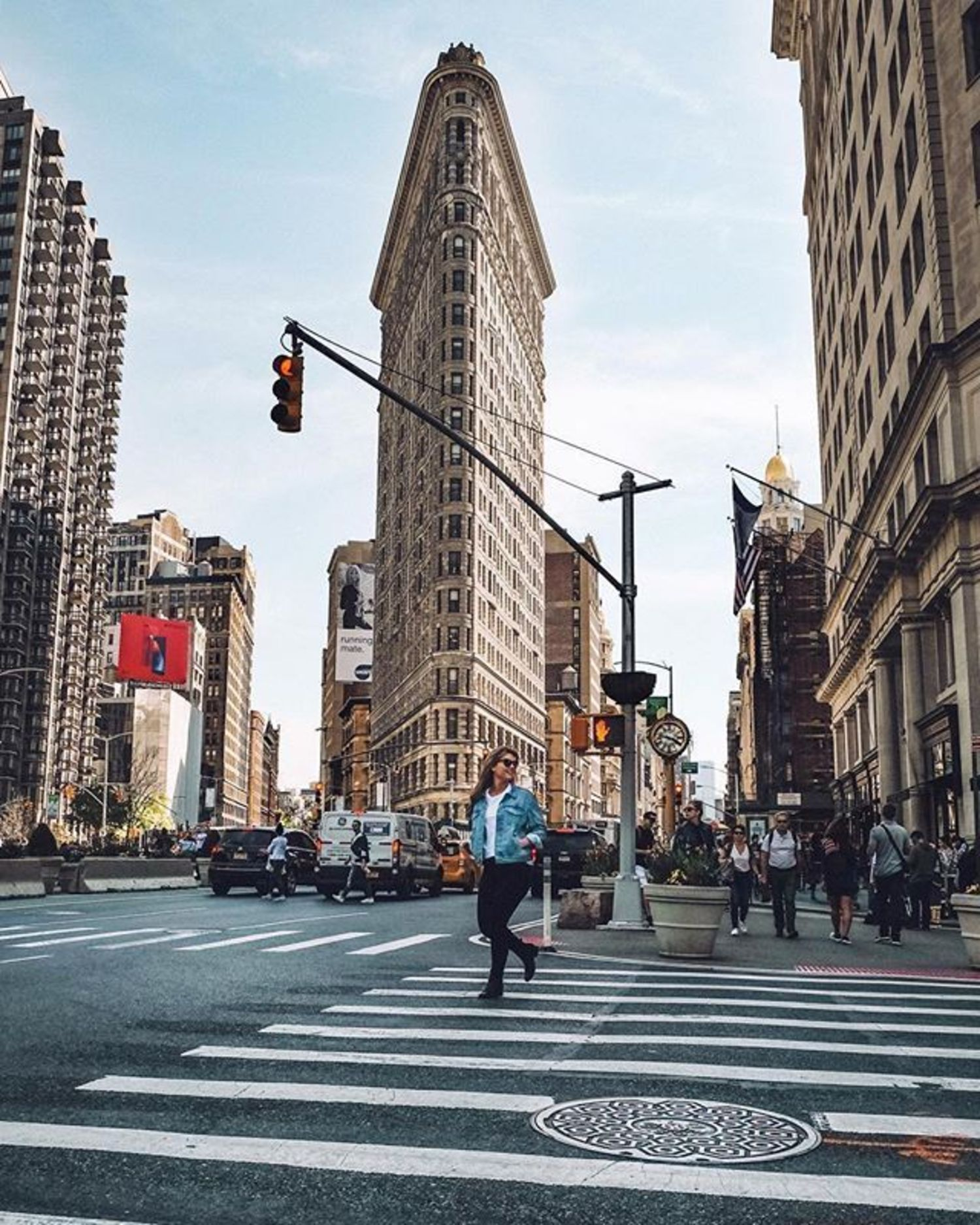 Flatiron Building, New York, New York. Photo via @tailsofamermaid #viewingnyc #newyork #newyorkcity #nyc #flatiron