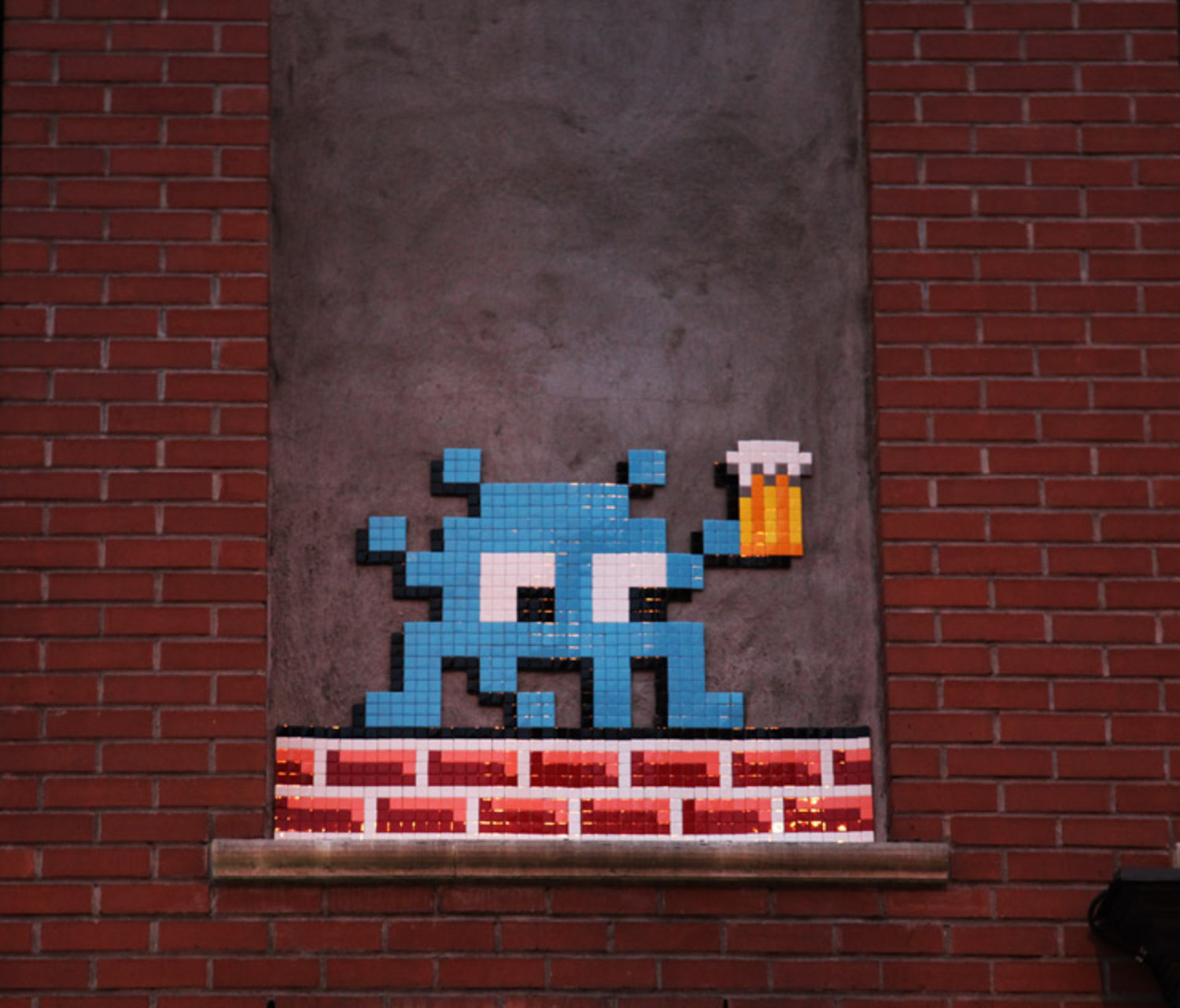 Invader. Cheers! The L.I.S.A. Project. Manhattan, NYC.