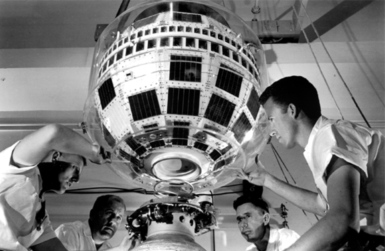 """""""Bell Labs Engineers working on Telstar 1"""", ca 1961. Courtesy of Alcatel-Lucent / Bell Labs."""