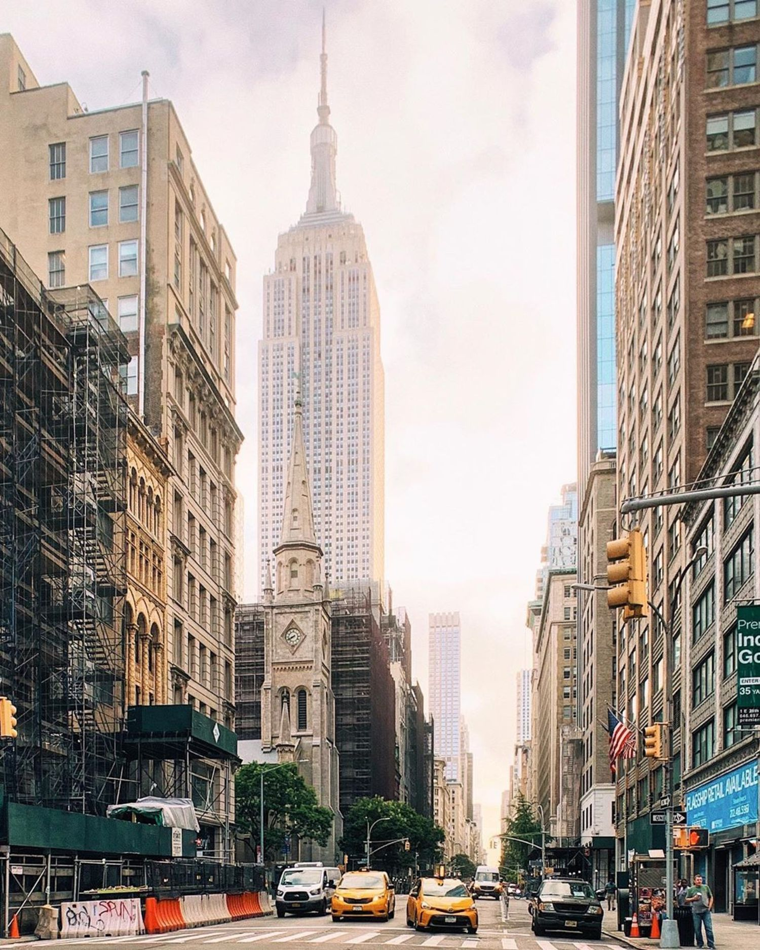5th Avenue and Empire State Building, Manhattan