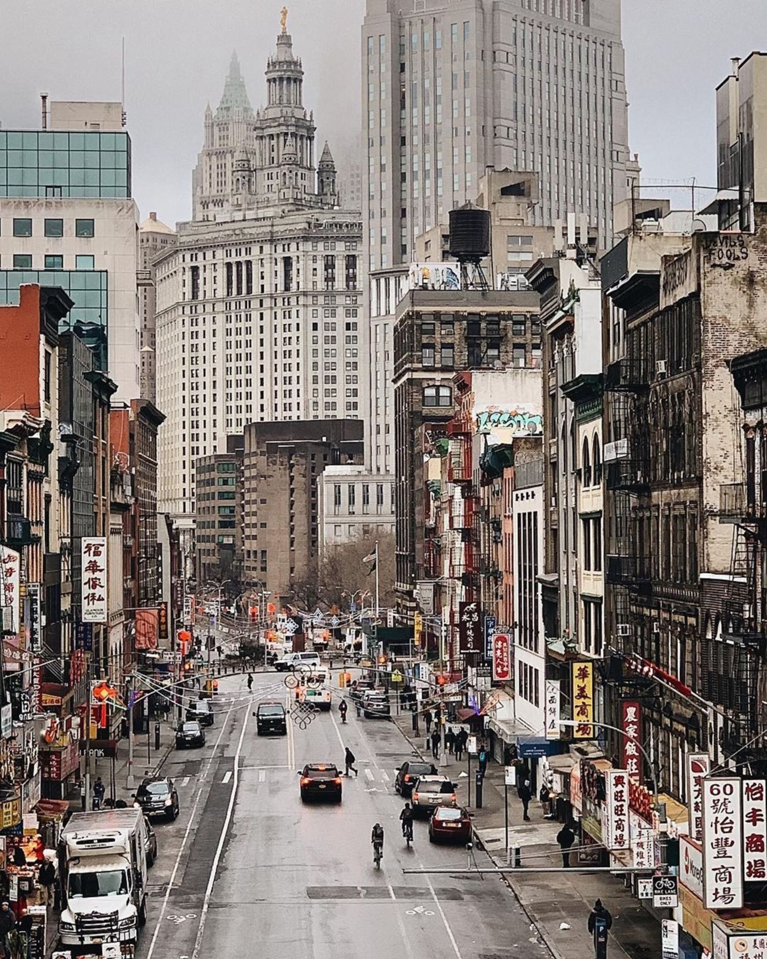 Chinatown, New York. Photo via @melliekr #viewingnyc #nyc #newyork #newyorkcity