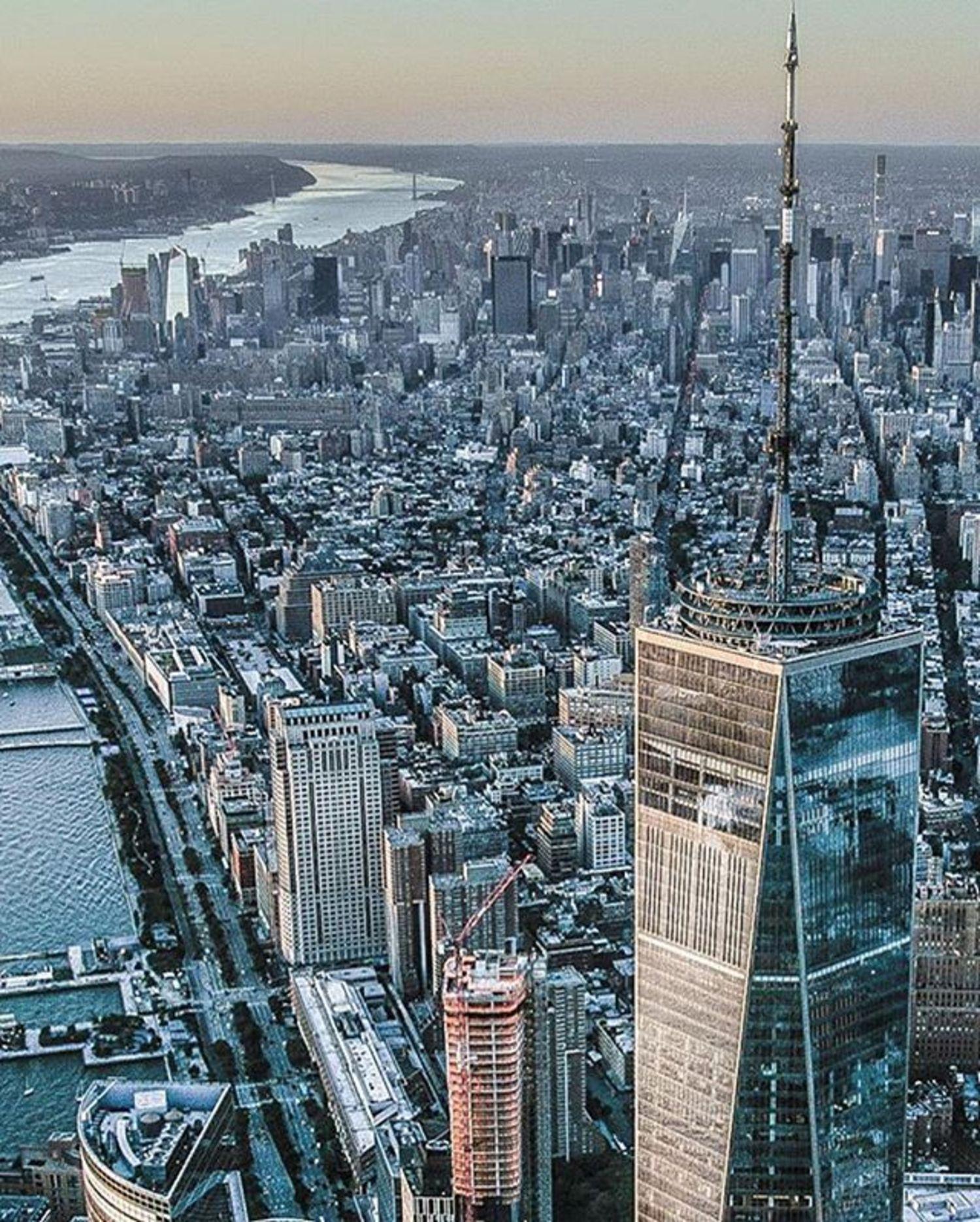 New York, New York. Photo via @nycfotophun #viewingnyc #newyork #newyorkcity #nyc