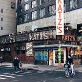 Katz's Deli, Lower East Side, Manhattan. Photo via @iwyndt #viewingnyc #newyork #newyorkcity #nyc #katzdelicatessen