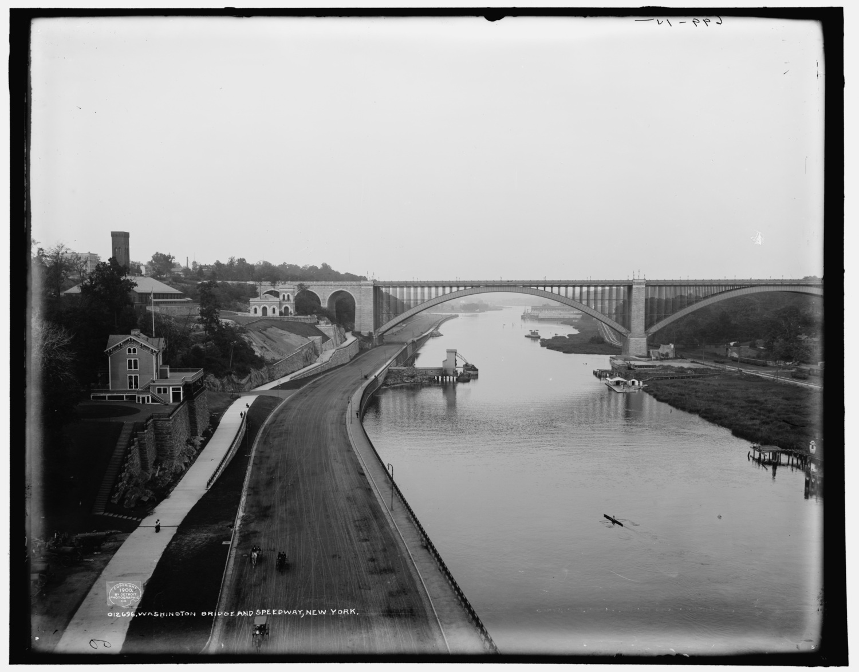 This Vintage Photograph Shows Washington Bridge Over
