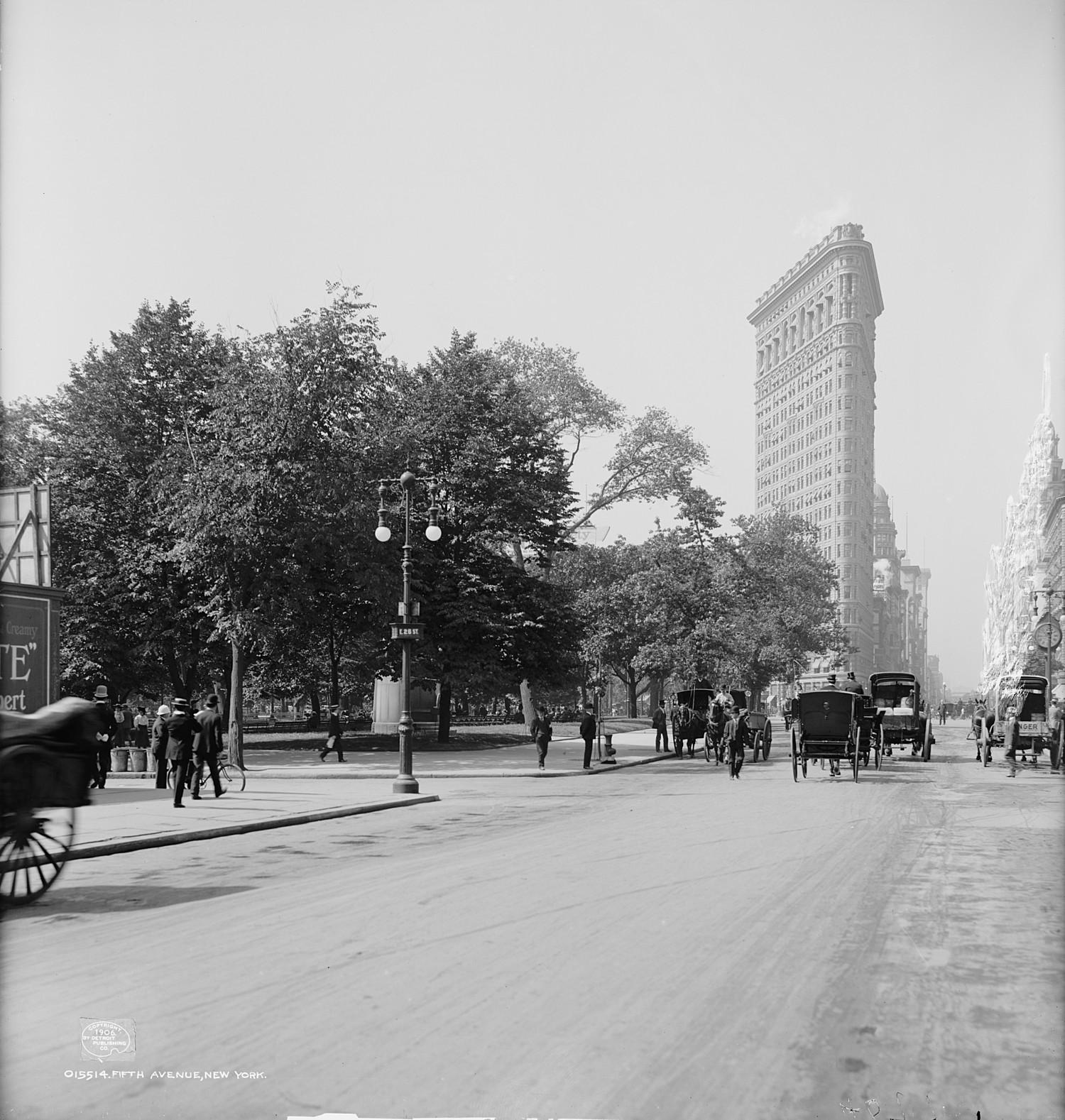 Around The Flatiron Building, 1906