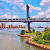Manhattan Bridge and Pebble Beach in Brooklyn Bridge Park, New York City