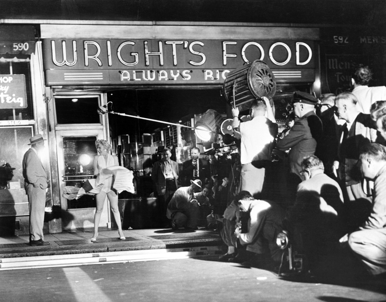 Filming of Subway Grate Scene, Seven Year Itch -1954