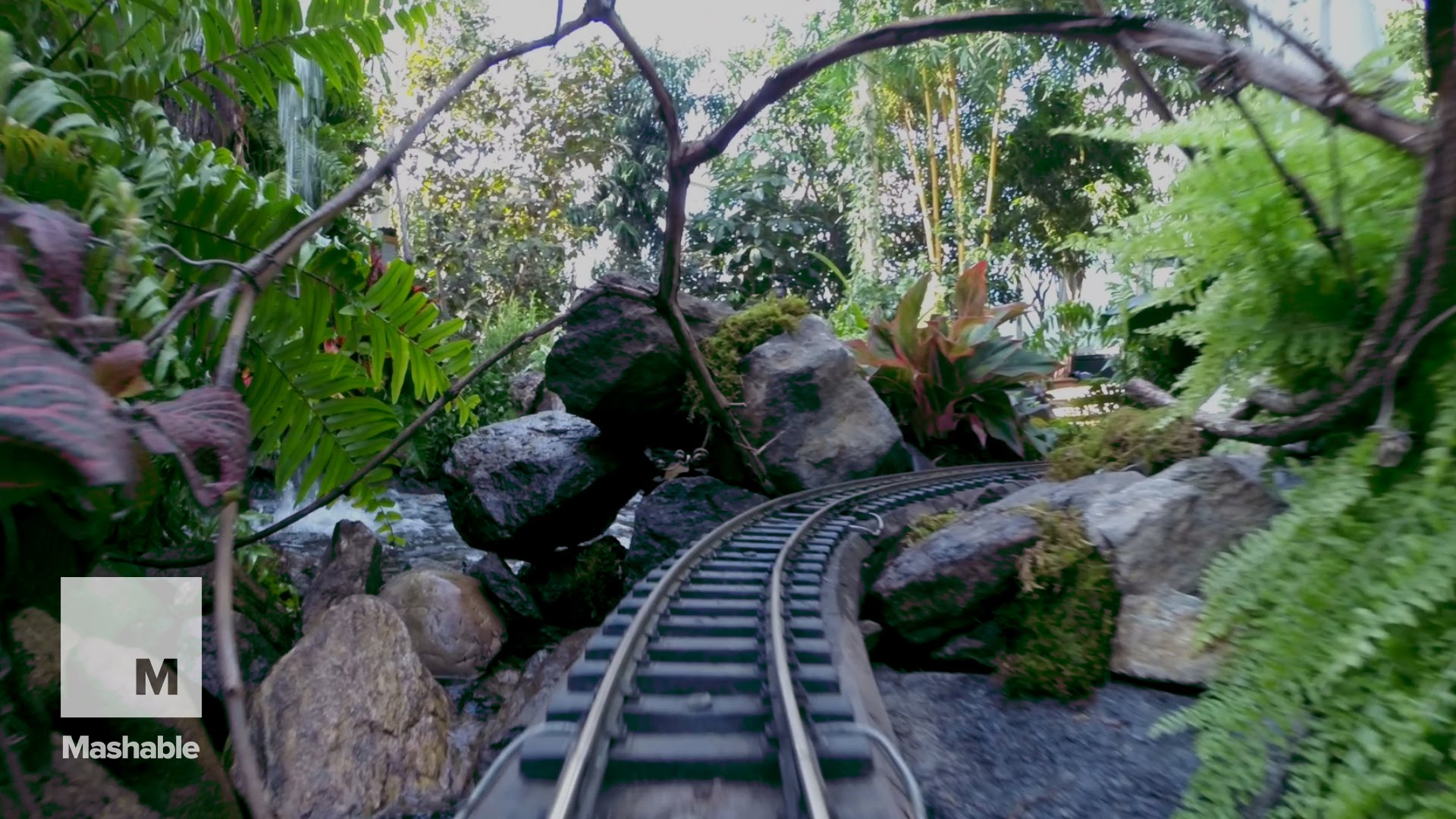 Deals ticket to holiday train show at the new york - New york botanical garden tickets ...