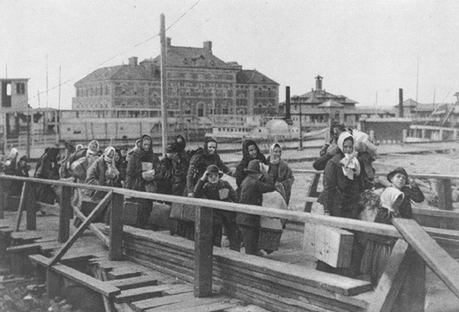 Immigrants On Ellis Island (circa 1902)