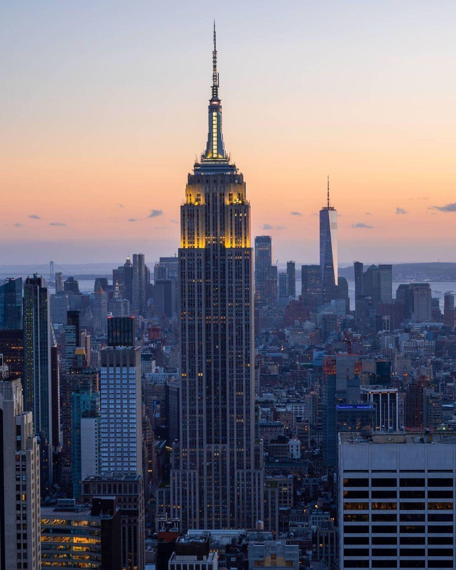 Empire State Building from Rockefeller Center, Manhattan