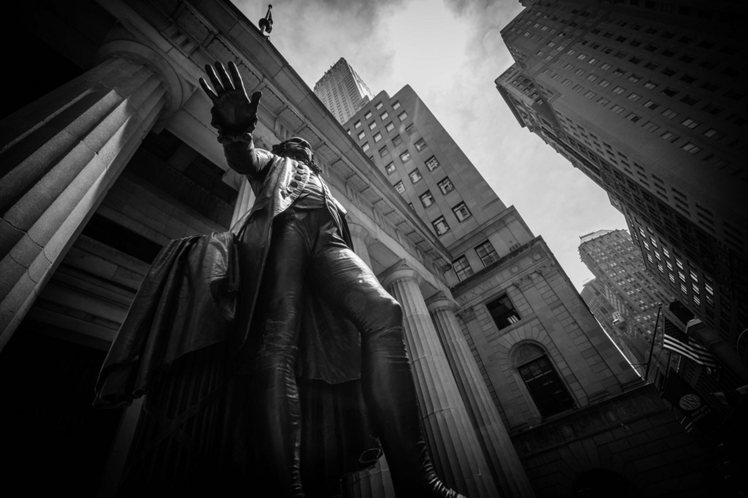George Washington Statue in New York | George Washington Statue,  Federal Hall National Memorial, Wall Street, Manhattan, New York City