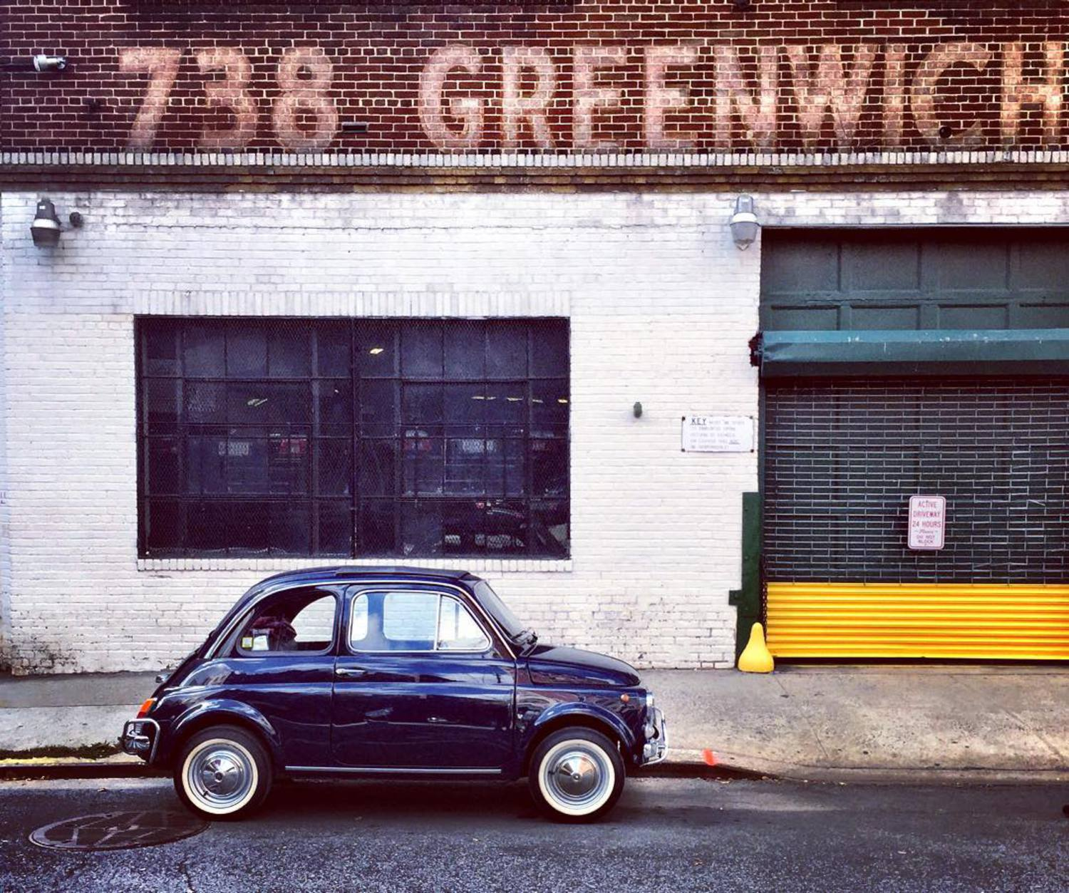 A piece of Italy 🇮🇹 in #WestVillage 🇺🇸 #fiat500
